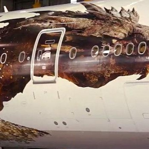 So this is how Smaug looks like in The Hobbit: The Desolation of Smaug