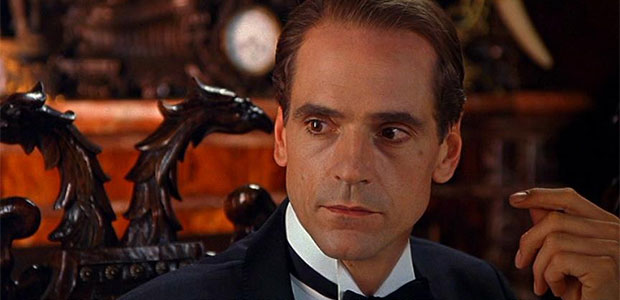 jeremy_irons_alfred