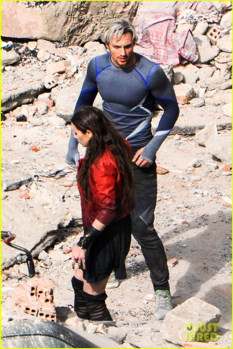 More on-set photos of ...