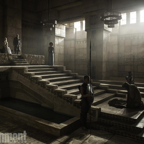 Daenerys gets her throne in new Game of Thrones image