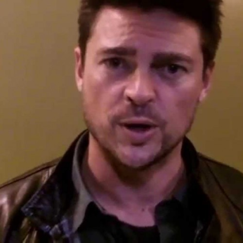 Karl Urban really wants you to sign the Dredd 2 petition