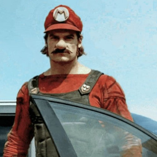 Real Super Mario stud sells Mercedes to Japanese