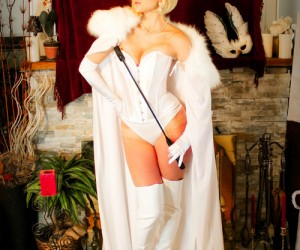 emma_frost_cosplay_03