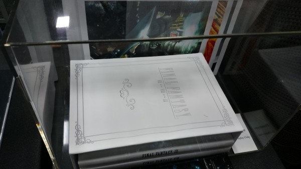 les goodies officiels final fantasy   - Page 2 FF-guide-600x337