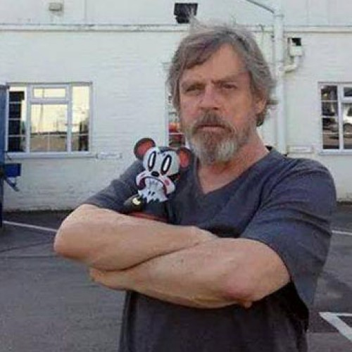 Luke Skywalker to have very small role in Star Wars: The Force Awakens?