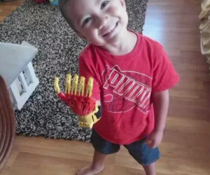 3-year-old-disabled-boy-gets-prosthetic-iron-man-hand