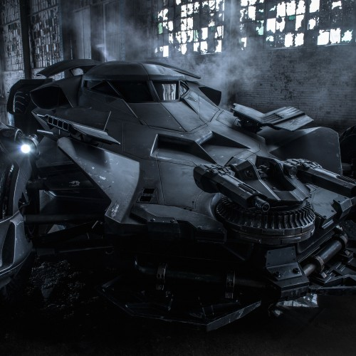 Batmobile spotted on set of Suicide Squad (video)