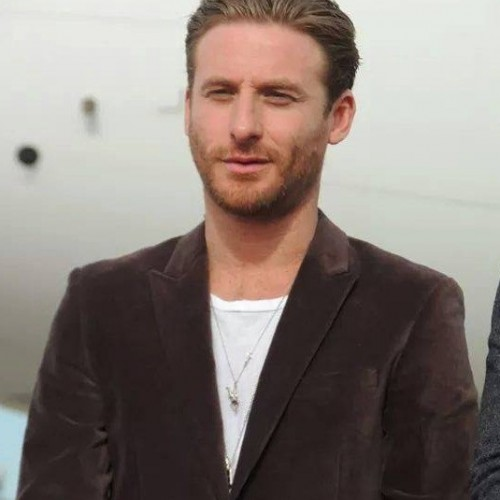 Dean O'Gorman on The Almighty Johnsons, The Hobbit: The Battle of the Five Armies, Trumbo, and superheroes