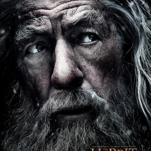 Gandalf looks worried in new 'The Hobbit: The Battle of the Five Armies' poster