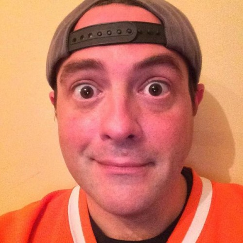 I present to you, Kevin Smith, without a beard
