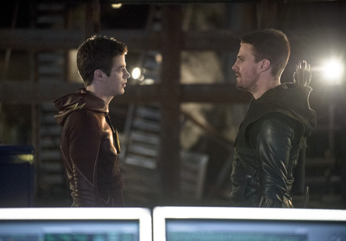 Arrow and The Flash vs. Captain Boomerang photos | Nerd ...