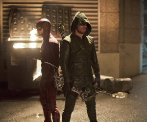 Flash vs Arrow - Diyah Pera - 12