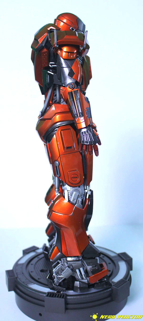 Hot Toys Sideshow Iron Man Peacemaker - 06