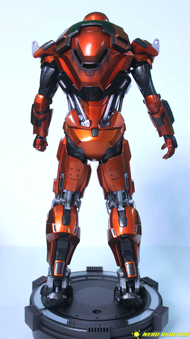 Hot Toys Sideshow Iron Man Peacemaker - 08
