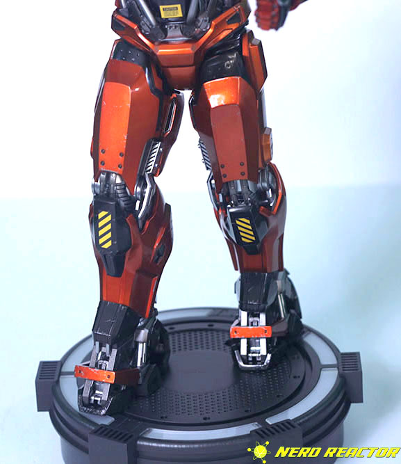 Hot Toys Sideshow Iron Man Peacemaker - 23