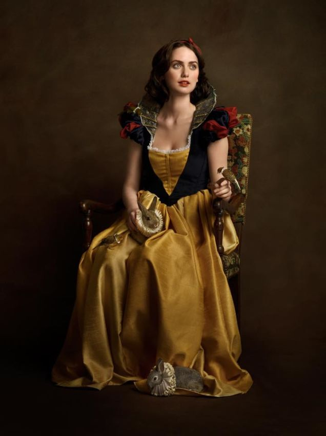 cosplay renaissance snow white