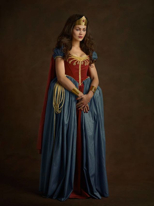 cosplay renaissance wonder woman