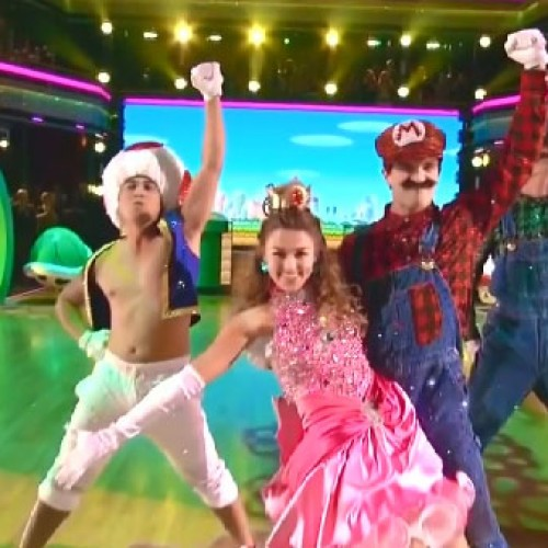Dancing with the Stars does Super Mario dance routine
