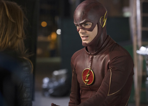 The Flash 'Plastique' preview photos tease Captain ...