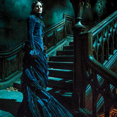 First look at Guillermo del Toro's horror film, Crimson Peak