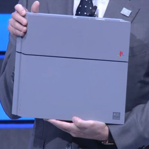 Sony celebrates Playstation's 20th anniversary with a PS4 in PS1 colors