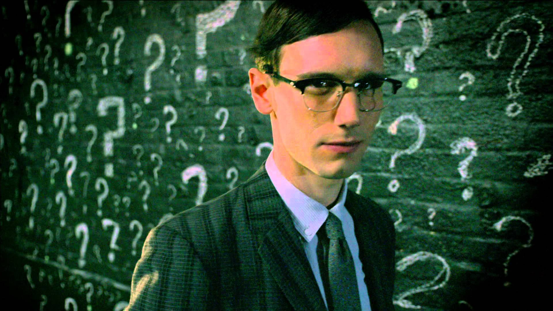how tall is edward nygma