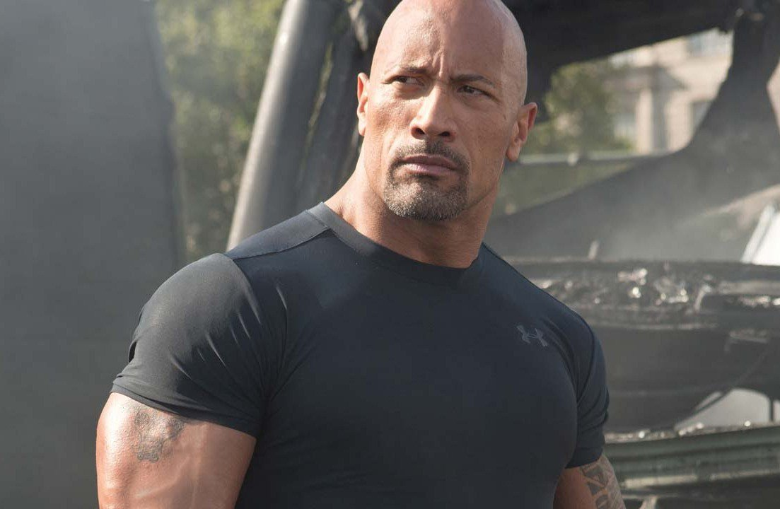 The Rock Fills In Kurt Russell S Shoes In Big Trouble In Little