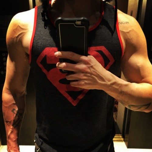 Jared Leto shows off his guns for Suicide Squad's Joker
