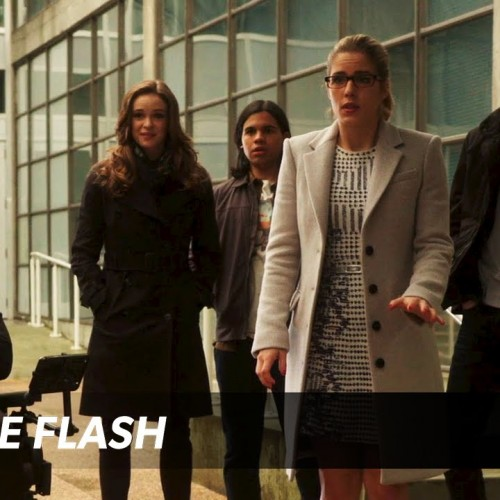 The Flash gets an 'All-Star Team Up' trailer