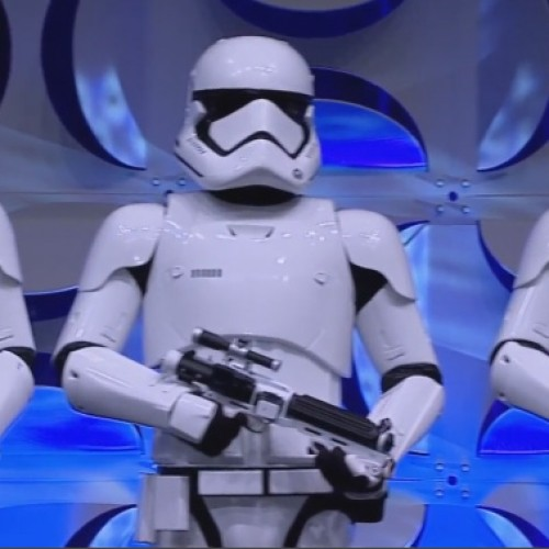 New Stormtroopers, Mark Hamill, Carrie Fisher, Anthony Daniels and Peter Mayhew show up at Star Wars Celebration