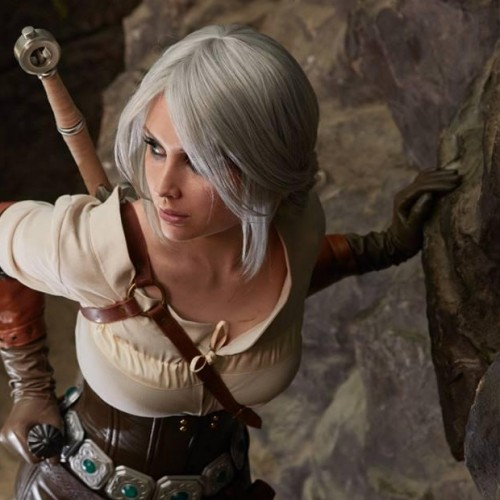 Galina Zhukovskaia as Ciri in Witcher 3 cosplay