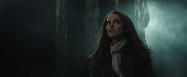 Thor-2-The-Dark-World-Stills-natalie-portman