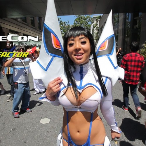 Cosplayers lip sync to Carly Rae Jepsen's 'I Really Like You' at Fanime 2015
