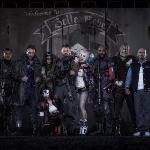 First official look at the Suicide Squad including Harley Quinn