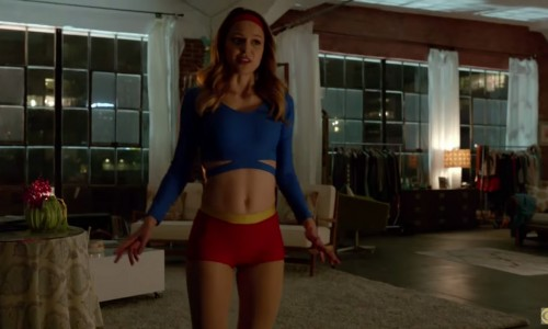 Supergirl's outfit will evolve from skimpy to modest in CBS series