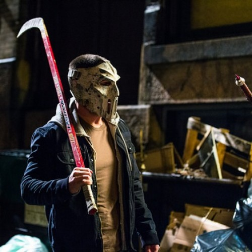 Michael Bay reveals Stephen Amell as Casey Jones with hockey mask in TMNT 2