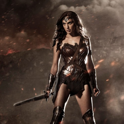 Now THAT'S a cougar! Wonder Woman to be 'centuries old' in Batman v Superman?