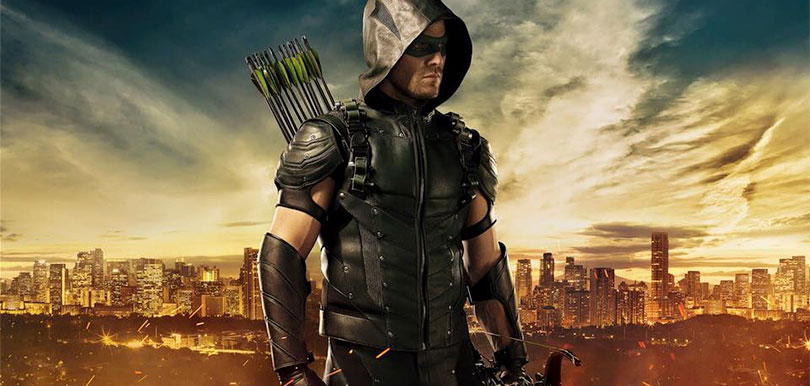 stephen_amell_green_arrow_costume_sdcc_2015