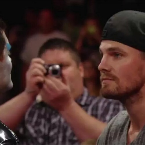 Arrow's Stephen Amell attacks Stardust on WWE RAW