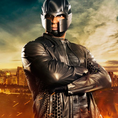 David Ramsey defends Diggle's 'Magneto' helmet in Arrow
