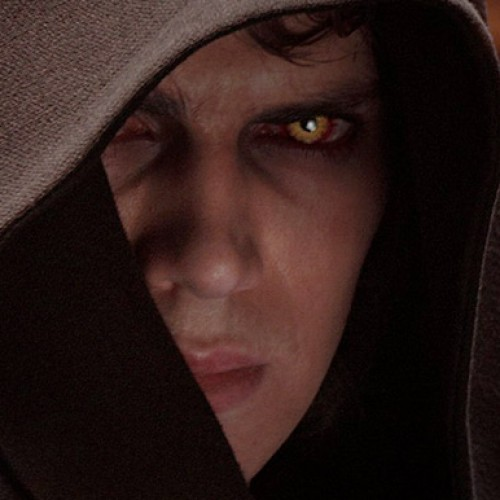 Hayden Christensen returns to Star Wars Celebration