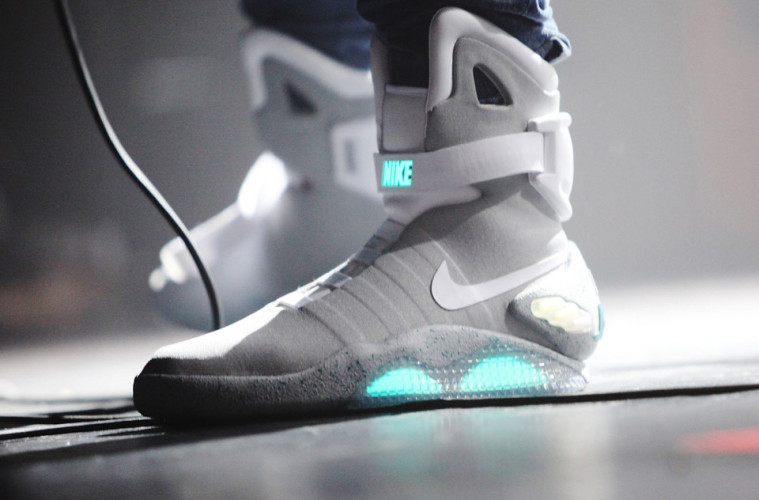 back to the future 39 s nike mags power laces are here more coming soon nerd reactor. Black Bedroom Furniture Sets. Home Design Ideas