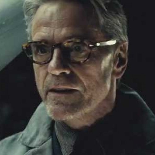 Jeremy Irons admits to Batman v Superman being 'muddled' and 'overstuffed'