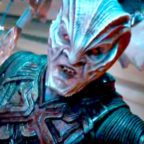 Star Trek Beyond's teaser trailer is both fast and furious
