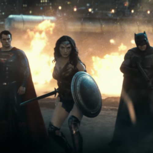 Batman v Superman: Dawn of Justice trailer is out!