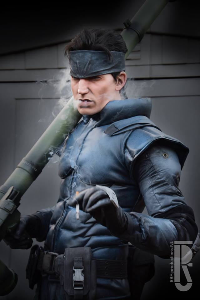 Metal Gear Solid S Solid Snake Brought To Life Cosplay