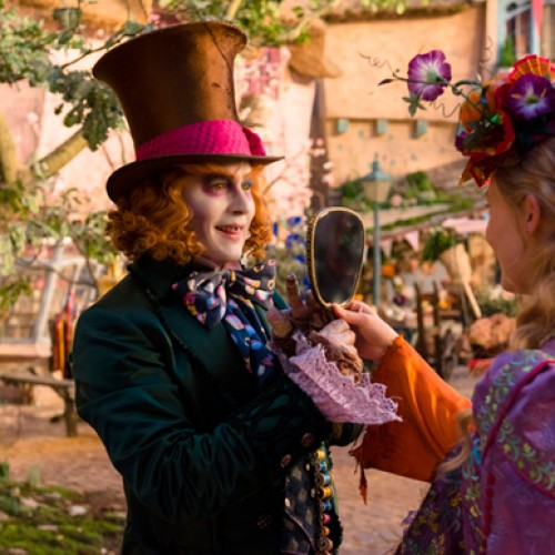Alice Through the Looking Glass gets a new teaser trailer