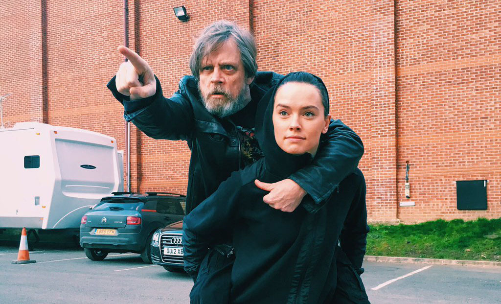 star wars mark hamill daisy ridley