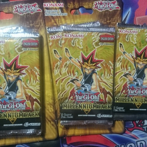 Quick look at the Yu-Gi-Oh! Millennium Pack