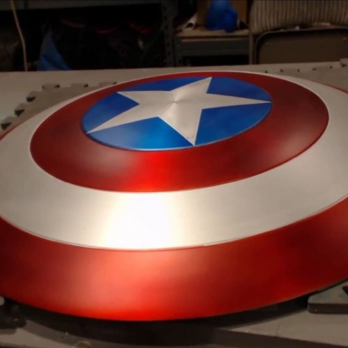 Fan builds semi-working Captain America shield